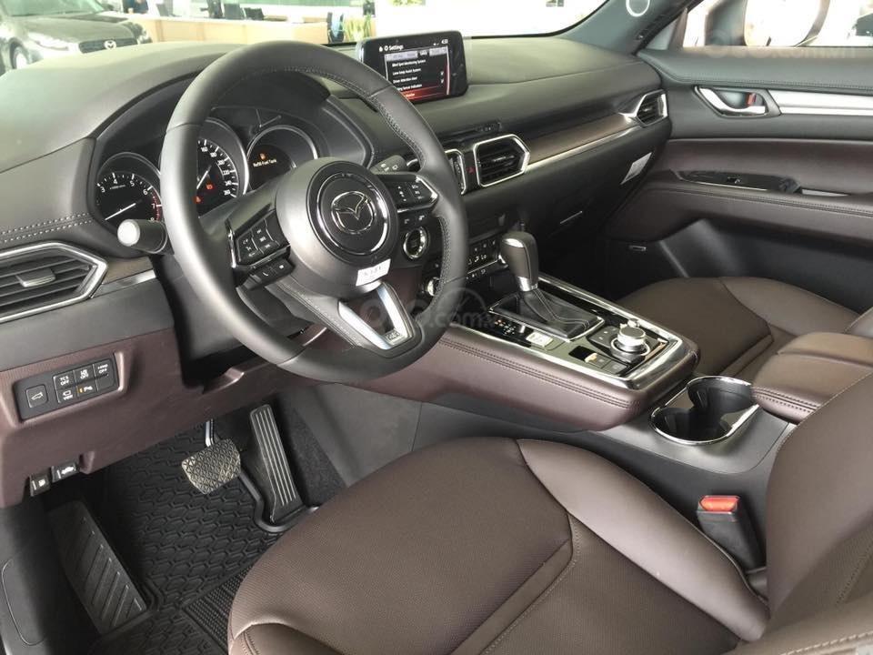 Mazda CX-8 phiên bản cao cấp 1 cầu - Giá tốt nhất TP HCM - Đủ màu giao ngay (9)