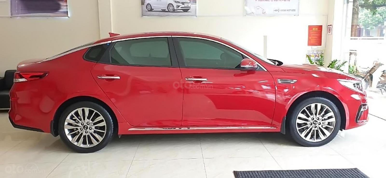 Cần bán Kia Optima 2.0 AT 2019, màu đỏ, giá 789tr (2)