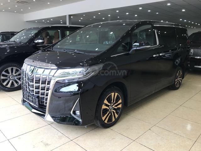 Bán Toyota Alphard năm sản xuất 2019, màu đen, nhập khẩu nguyên chiếc (2)