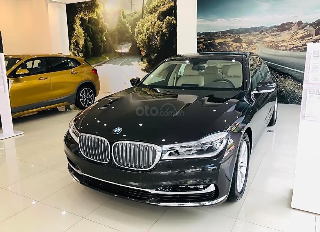 Bán xe BMW 730Li 2019, màu đen, nhập khẩu  (1)