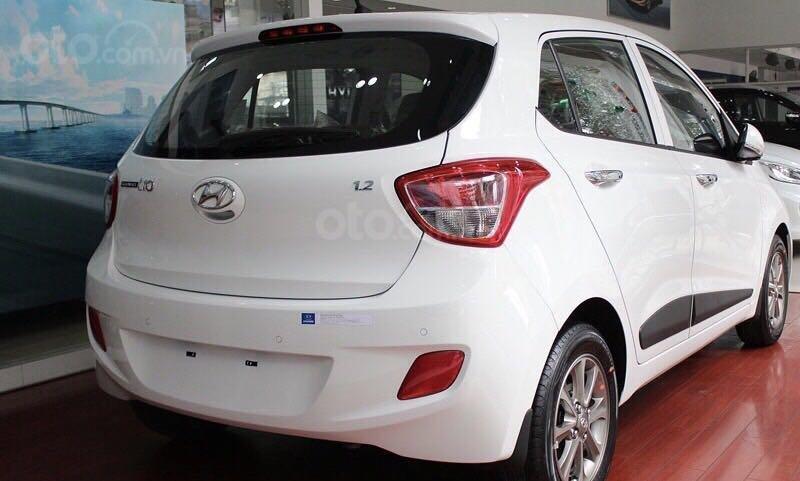 Bán Hyundai Grand i10 sản xuất 2019, màu trắng xe nhập, giá chỉ 350 triệu đồng (2)