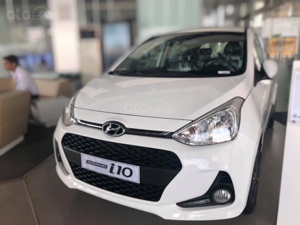 Bán Hyundai Grand i10 sản xuất 2019, màu trắng xe nhập, giá chỉ 350 triệu đồng (1)