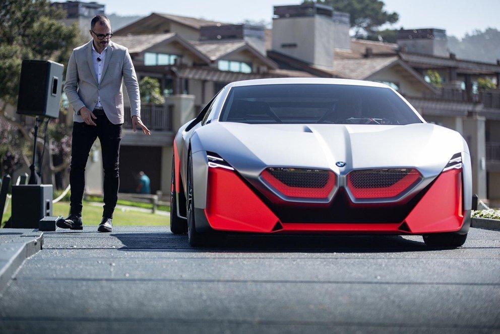 BMW Vision M Next sử dụng động cơ 4 xy-lanh kết hợp động cơ điện