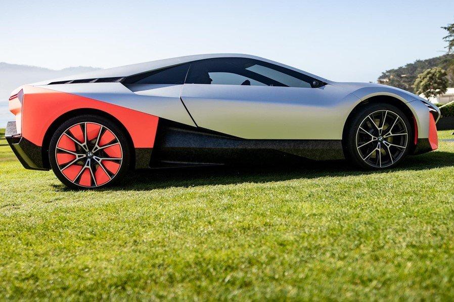 Phần thân xe được sử dụng tối đa vật liệu sợi carbon