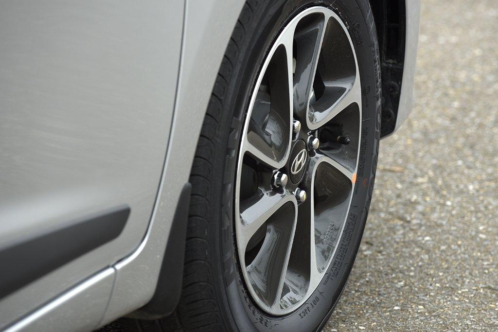 Hyundai Grand i10 2020 và hiện hành khác nhau thế nào qua ảnh? a10