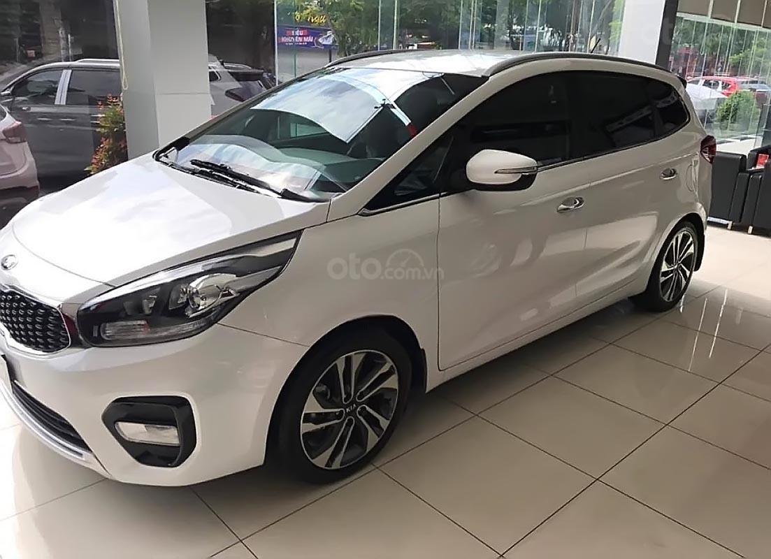 Bán xe Kia Rondo GAT sản xuất 2019, ưu đãi siêu hấp dẫn (1)