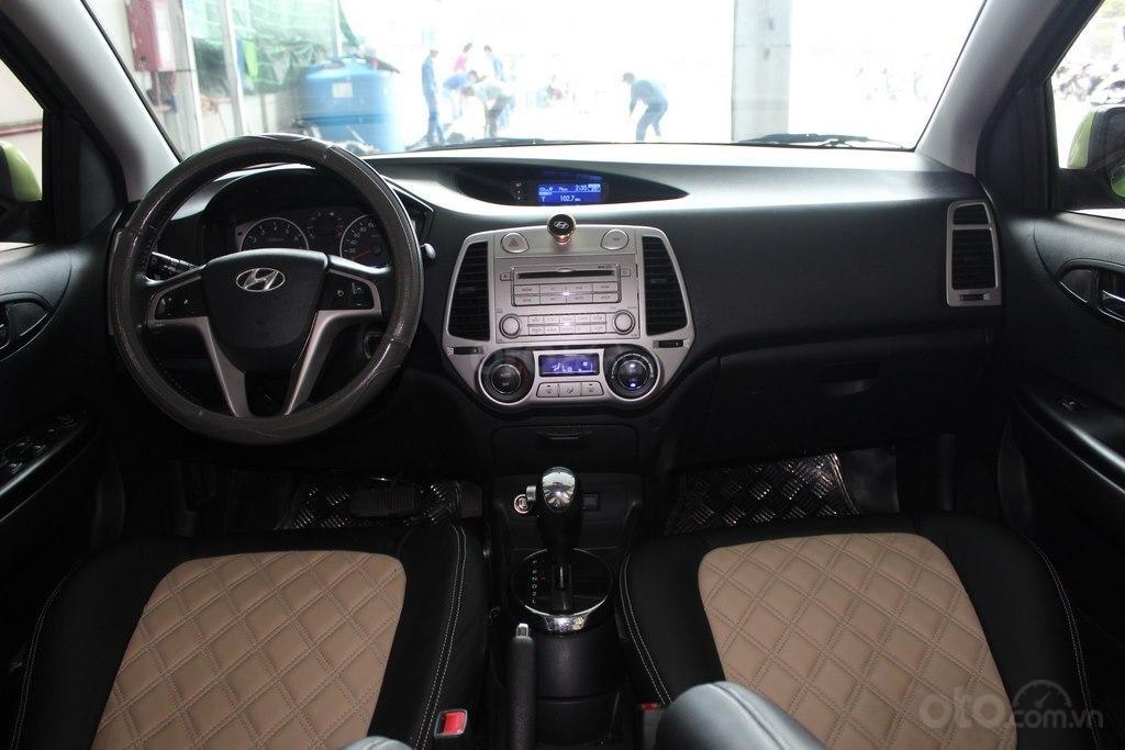 Bán xe Hyundai i20 1.4AT đời 2012, màu xanh lục, nhập khẩu, giá tốt (9)