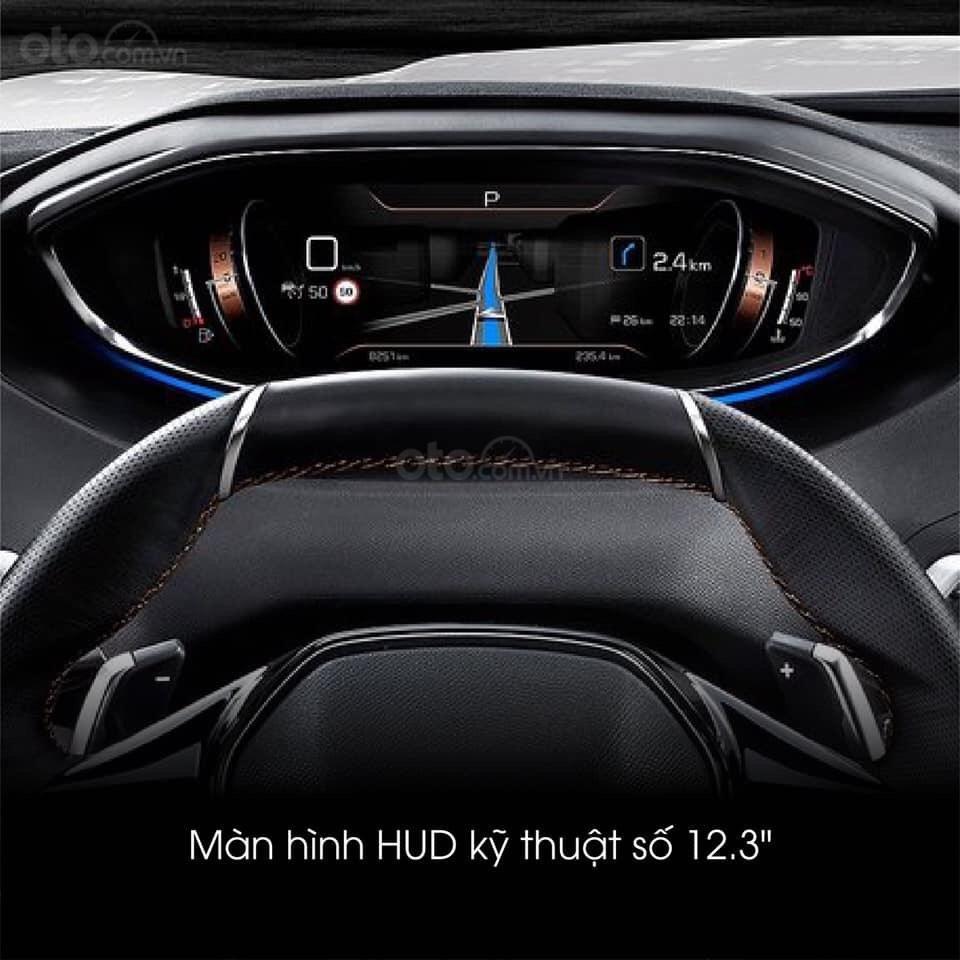 """Peugeot 5008 đủ màu """" đặc biệt có màu đỏ Utimate Red"""" giao xe ngay, hỗ trợ ngân hàng, tư vấn lái thử tân nhà (6)"""