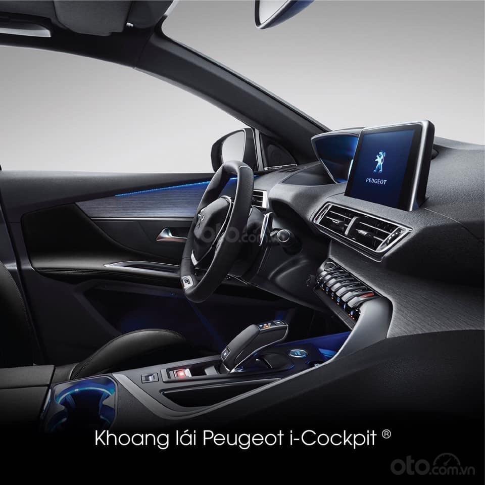 """Peugeot 5008 đủ màu """" đặc biệt có màu đỏ Utimate Red"""" giao xe ngay, hỗ trợ ngân hàng, tư vấn lái thử tân nhà (8)"""