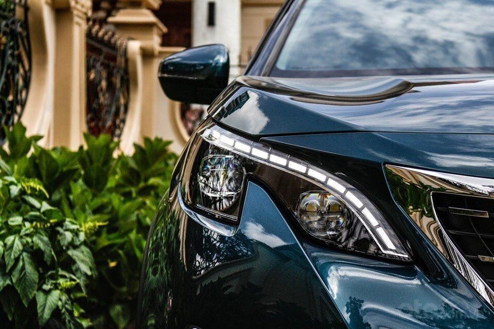 Peugeot 5008 đủ màu giao ngay, hỗ trợ ngân hàng lãi suất thấp, nhanh gọn, lái thử và giao xe tận nhà (4)