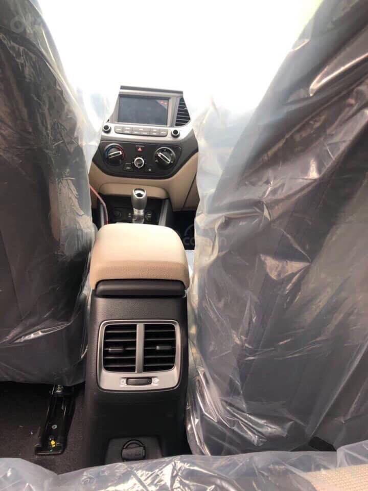 Hyundai Giải Phóng bán Hyundai Accent đời 2019 đủ phiên bản, nhiều ưu đãi, liên hệ ngay 0982328899 (2)