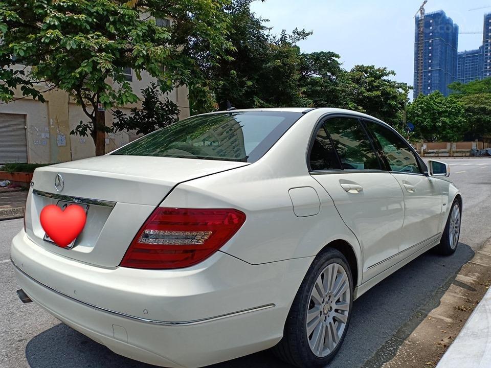 Bán ô tô Mercedes C250 sản xuất 2011, màu trắng, giá tốt, xe cực đẹp (3)