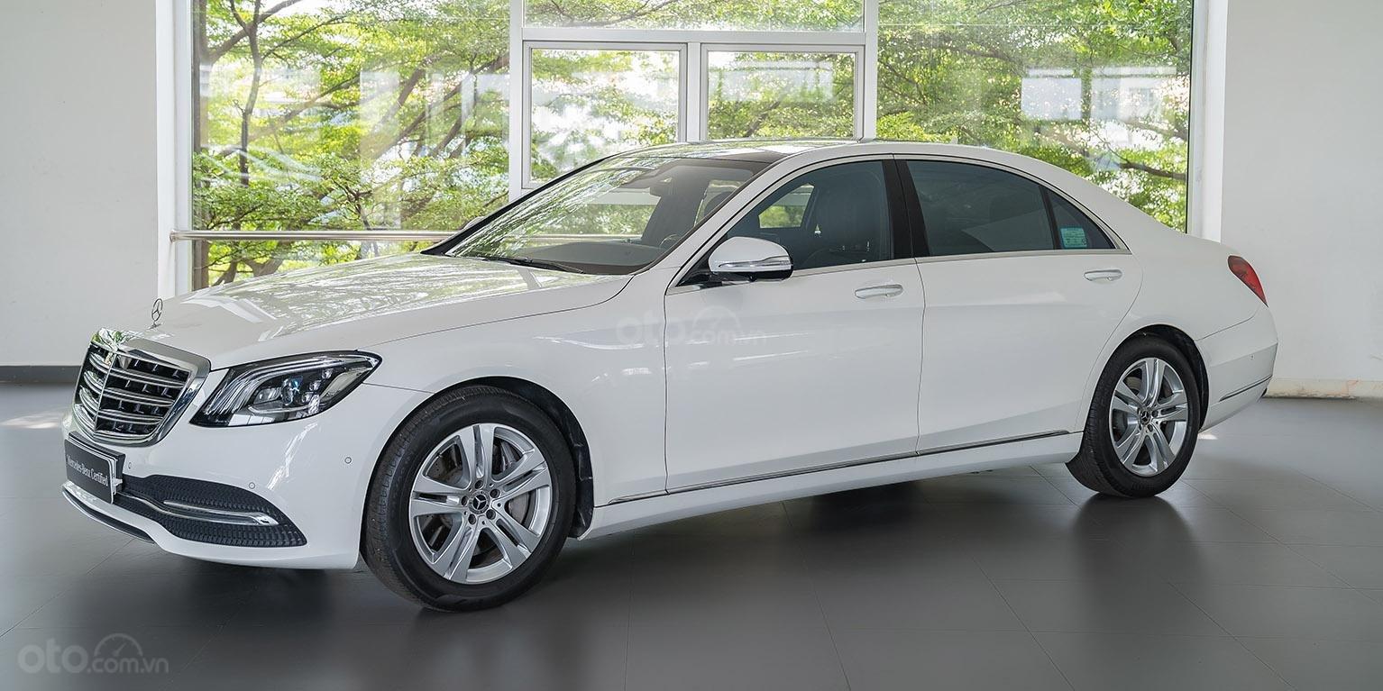 Bán Mercedes-Benz S450L 2018, trắng/đen, đi 3.800km, xe cũ đã qua sử dụng chính hãng-0