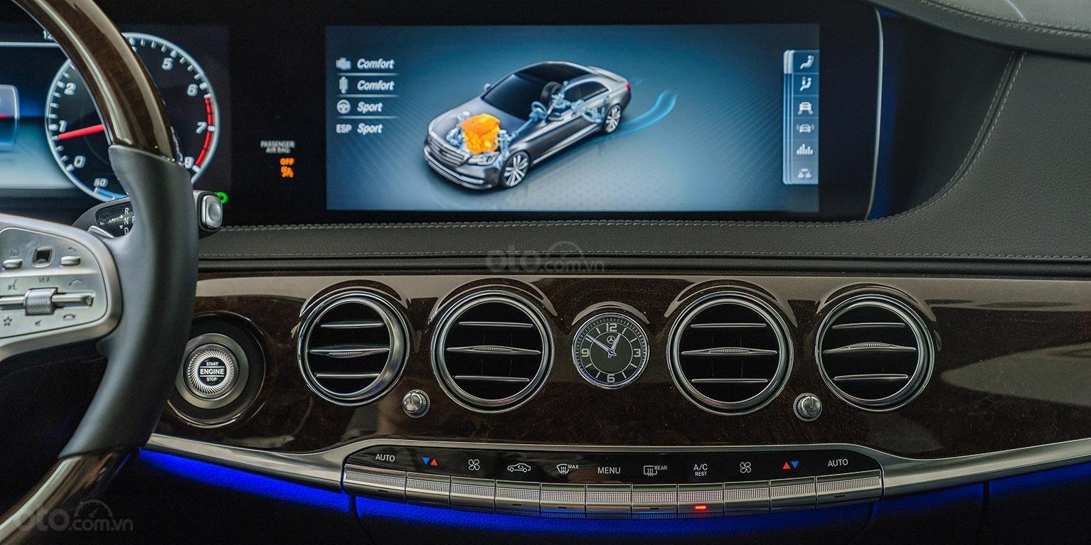 Bán Mercedes-Benz S450L 2018, trắng/đen, đi 3.800km, xe cũ đã qua sử dụng chính hãng-5
