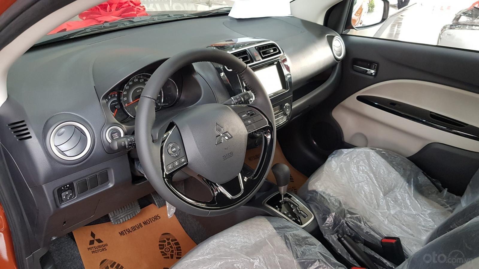 Bán xe Mitsubishi Mirage năm 2019, màu đỏ, nhập khẩu nguyên chiếc (5)