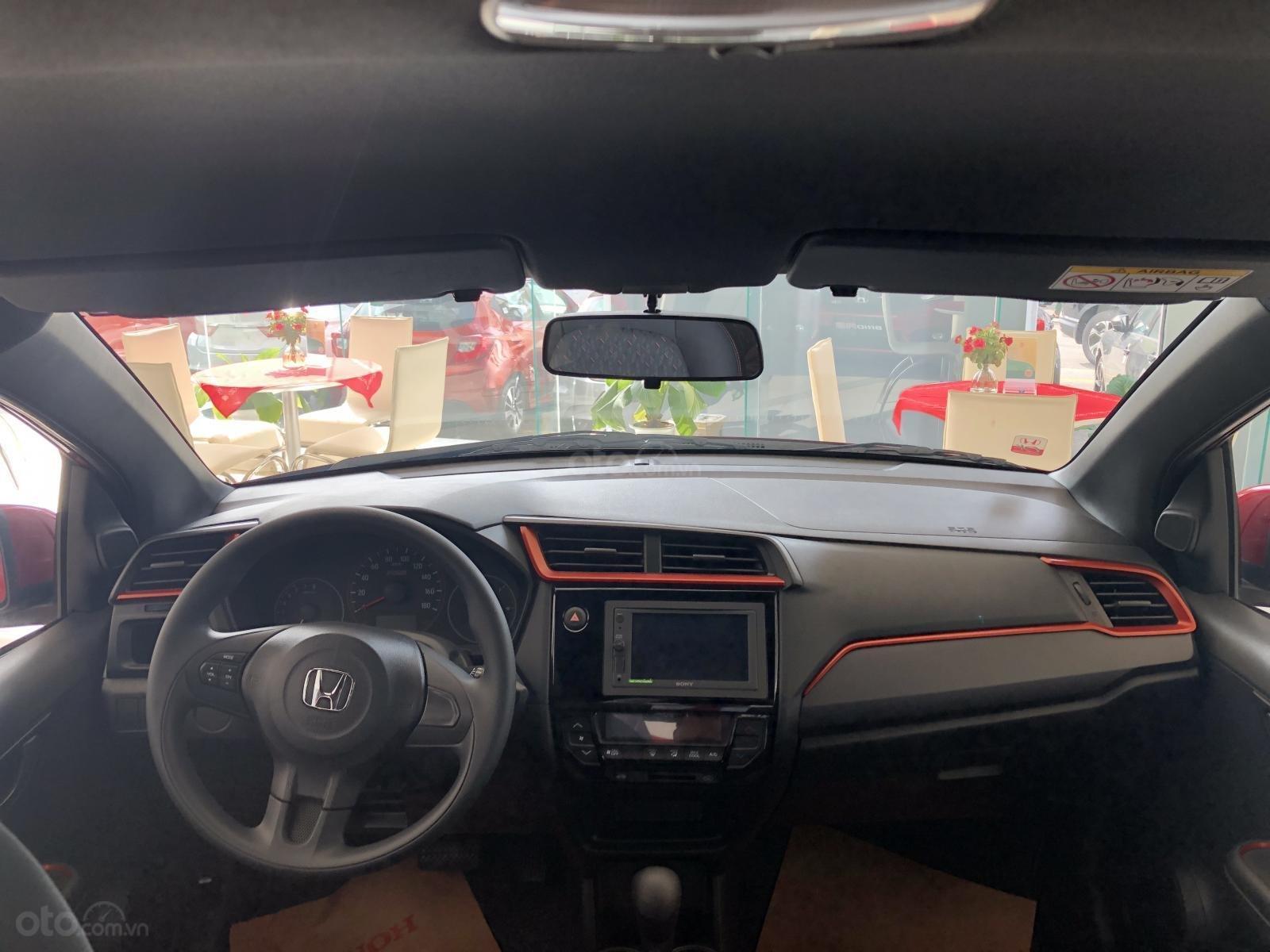 Cần bán xe Honda Brio RS đời 2019, màu trắng, xe nhập mới 100% (4)