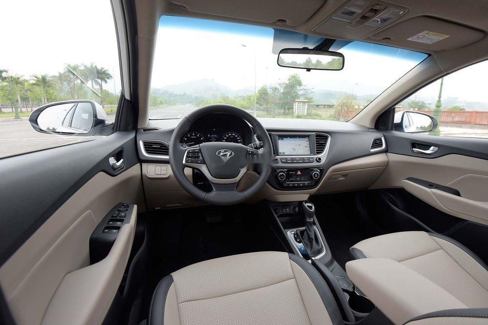 Bán ô tô Hyundai Accent đời 2019, màu trắng, mới 100% (2)