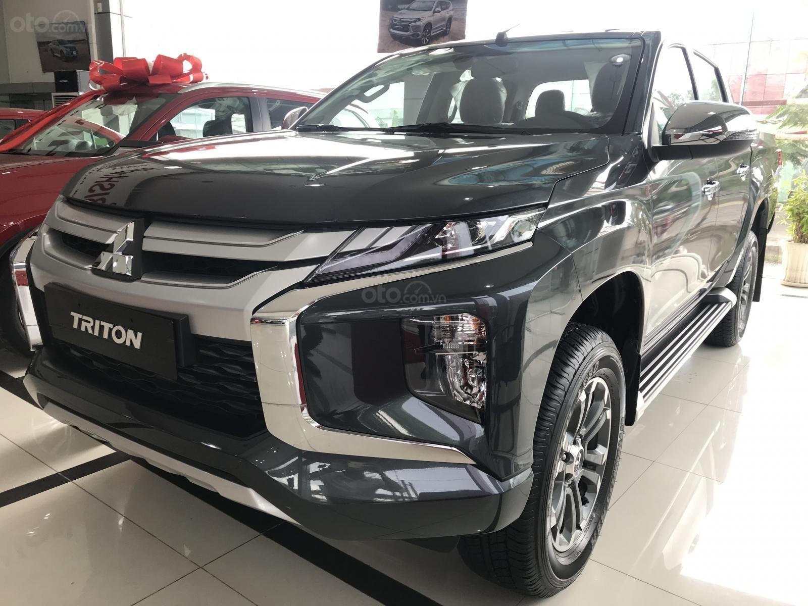 Bán Mitsubishi Triton sản xuất 2019, màu xám (ghi), nhập khẩu nguyên chiếc, giá chỉ 819 triệu-1