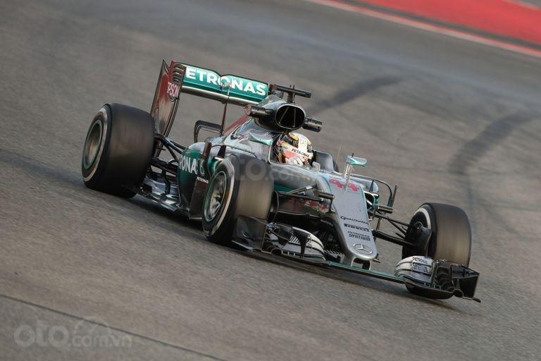 Xe đua Mercedes F1 W05 Hybrid2014.