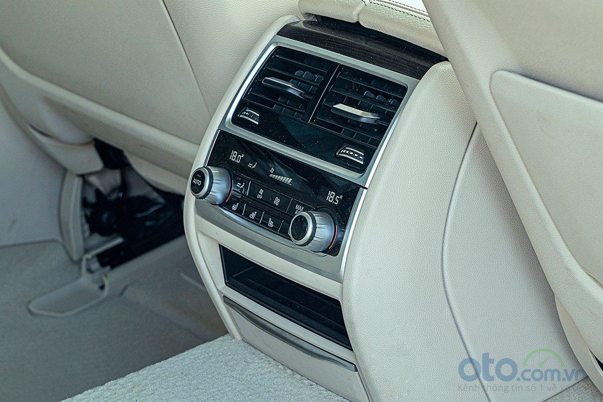 Đánh giá xe BMW 730Li 2019: Hệ thống điều hoà 4 vùng độc lập.