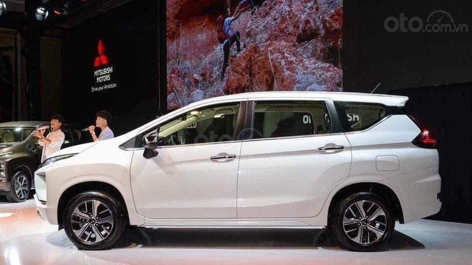 So sánh xe Mitsubishi Xpander 2019 và Suzuki Ertiga 2019 về thiết kế thân xe a1