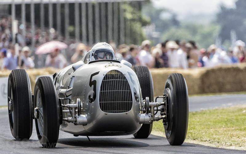 Cuộc đua Grand Prix.