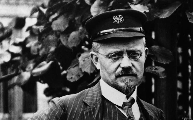 Nhà sáng lập: August Horch.