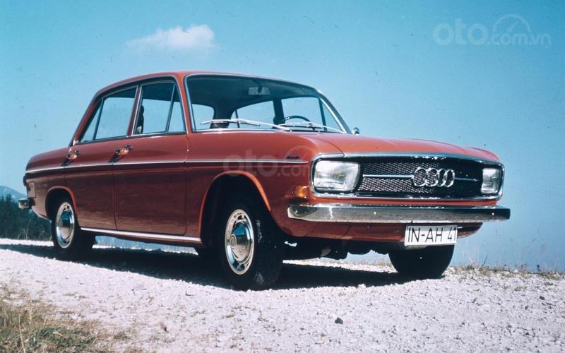 Audi trở lại.