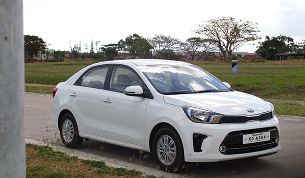 Đánh giá xe Kia Soluto 2019
