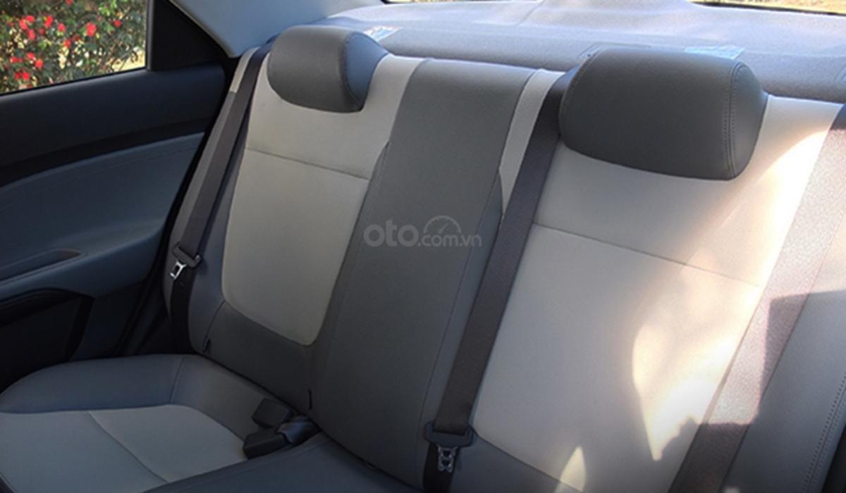 Đánh giá xe Kia Soluto 2019 về ghế - Chất liệu đẹp mắt nhưng dễ tích nhiệt