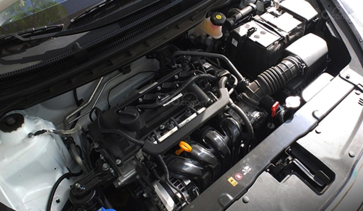 Đánh giá xe Kia Soluto 2019 về động cơ - Đầu máy 1,4 lít mạnh mẽ