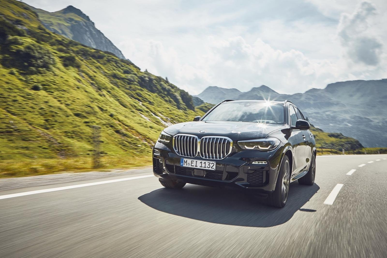 BMW X5 xDrive45e plug-hybrid trình làng tại châu Âu.