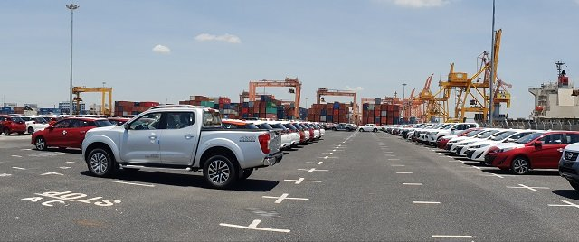 Vướng Ngâu, lượng ô tô nhập khẩu về Việt Nam giảm rõ rệt a2