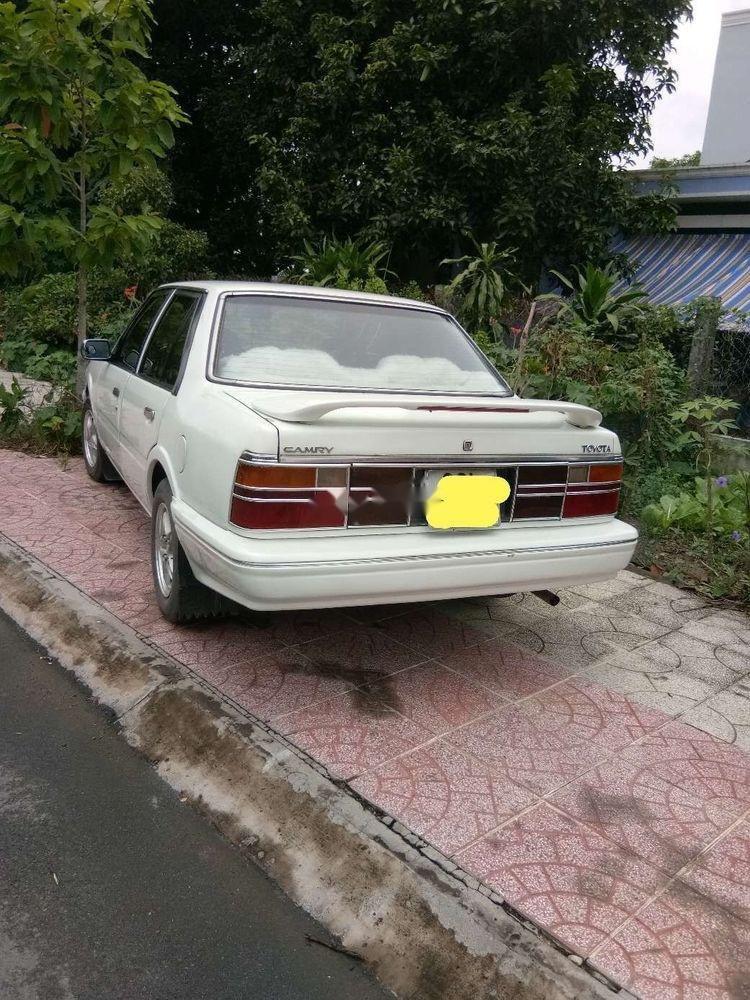Bán Toyota Camry đời 1995, màu trắng, xe nhập, giá chỉ 57 triệu (3)