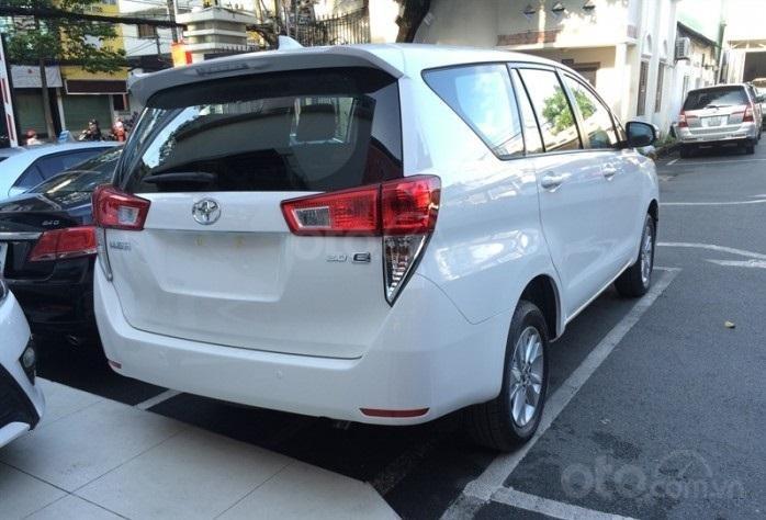 Toyota Tân Cảng bán Innova số sàn - Ưu đãi lớn - chỉ 200tr nhận xe, liên hệ hotline 0933000600 (5)