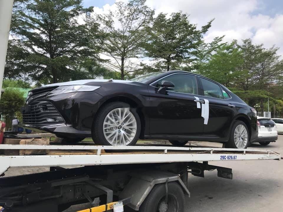 Cần bán xe Toyota Camry 2.5Q đời 2019, màu đen (3)