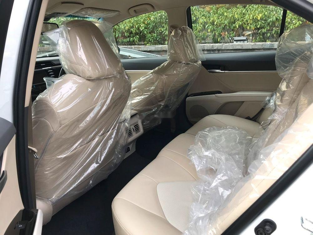 Cần bán xe Toyota Camry 2.5Q đời 2019, màu đen (5)