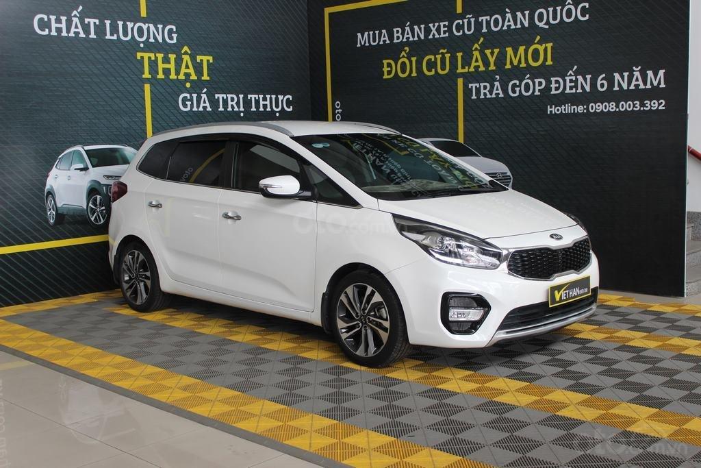 Cần bán xe Kia Rondo GAT 2.0AT 2017, màu trắng, giá cạnh tranh (4)