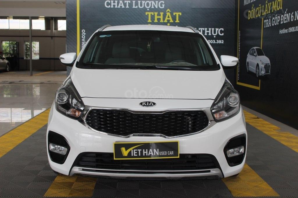 Cần bán xe Kia Rondo GAT 2.0AT 2017, màu trắng, giá cạnh tranh (2)