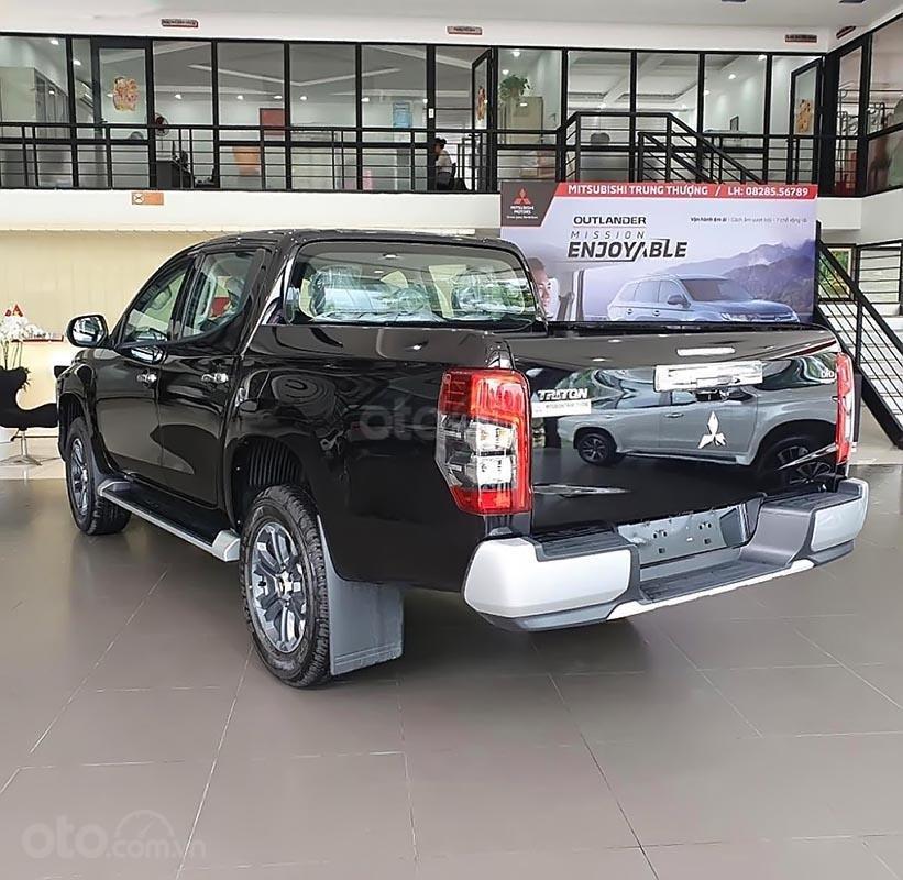 Bán Mitsubishi Triton 4x4 AT Mivec sản xuất năm 2019, màu đen, xe nhập, 818 triệu (2)