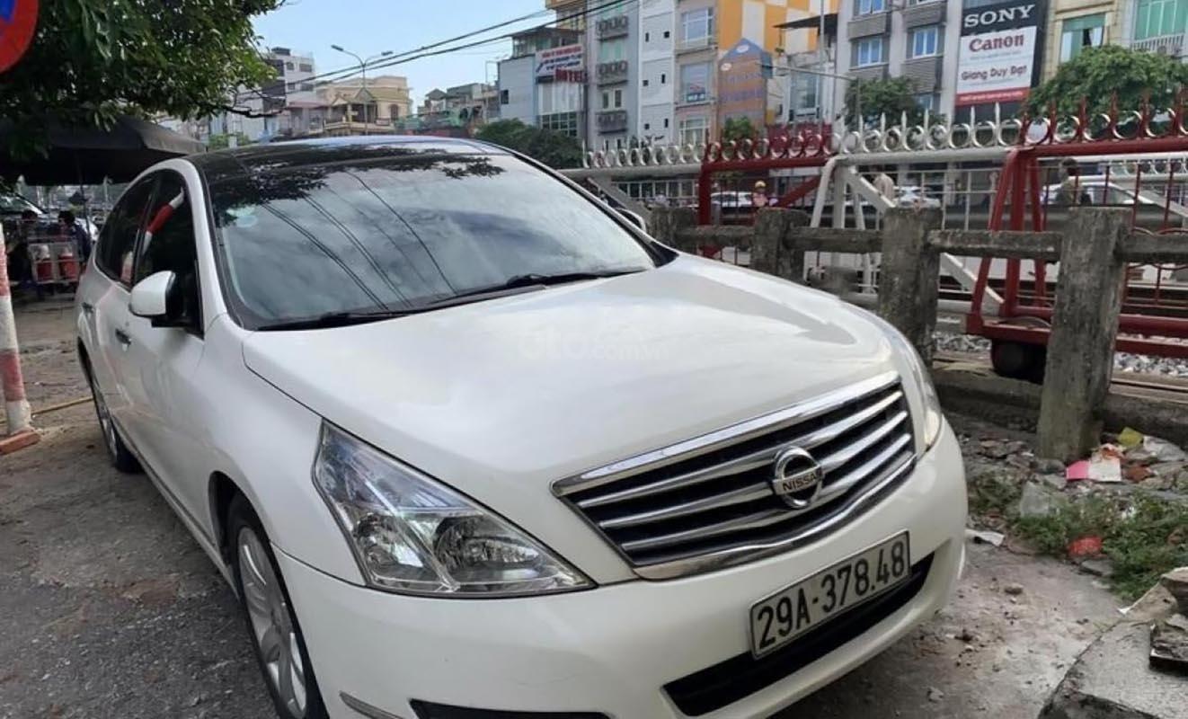Bán Nissan Teana 2.5 AT 250XV đời 2010, màu trắng, nhập khẩu nguyên chiếc (1)