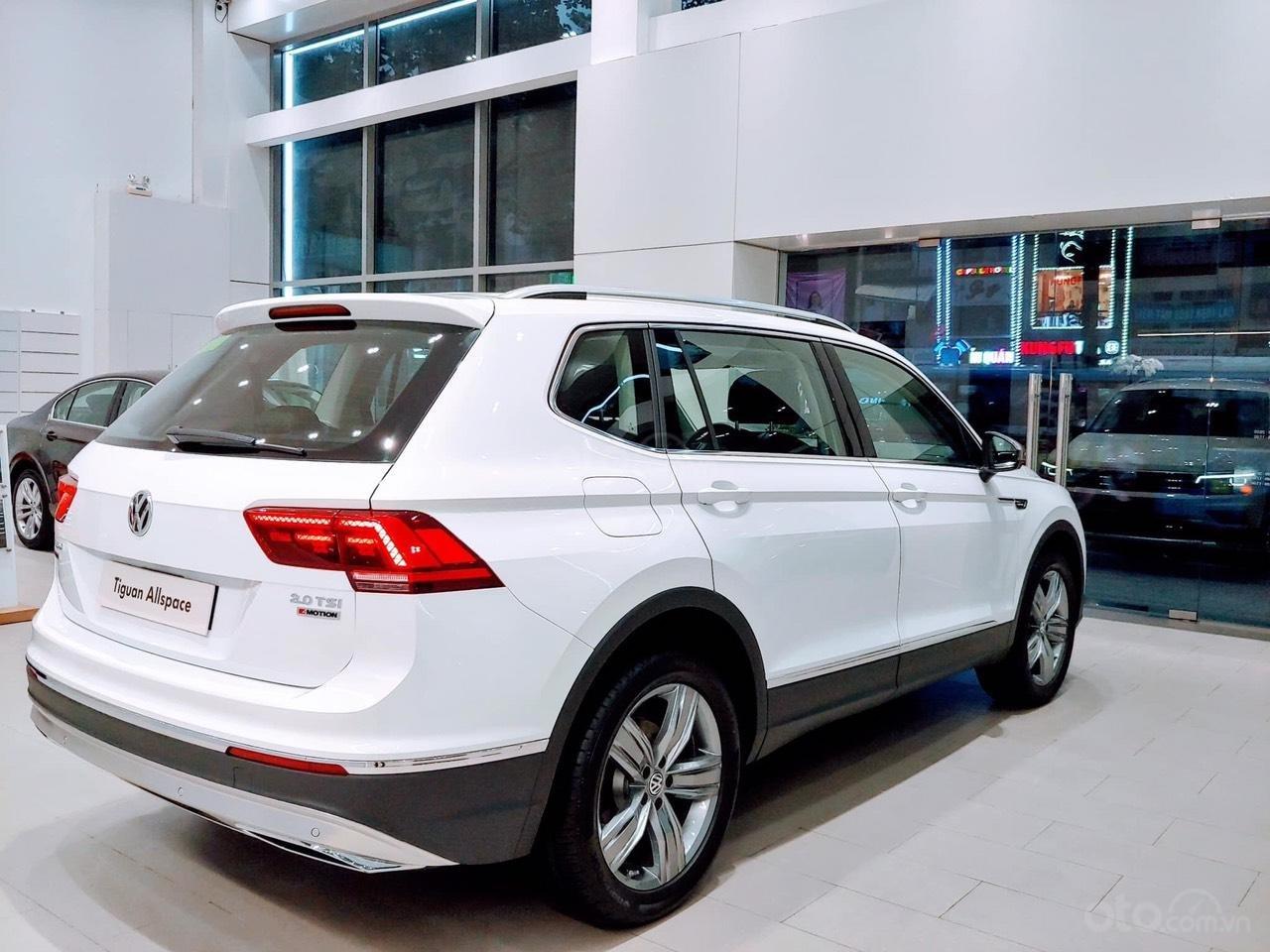 Bán Volkswagen Tiguan Allspace 2019, màu trắng-2