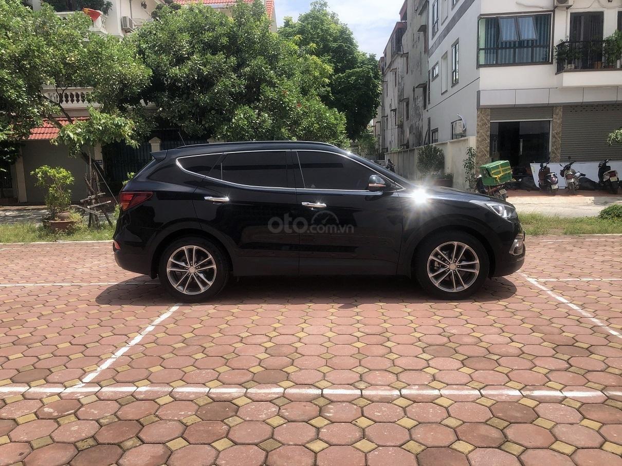Bán xe Hyundai Santa Fe 2.2, máy dầu 4x4 năm 2018, màu đen, nhập khẩu (3)