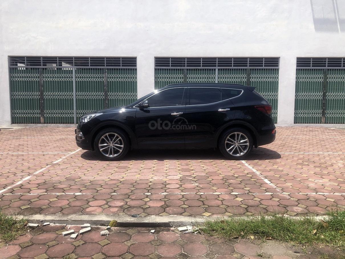 Bán xe Hyundai Santa Fe 2.2, máy dầu 4x4 năm 2018, màu đen, nhập khẩu (6)