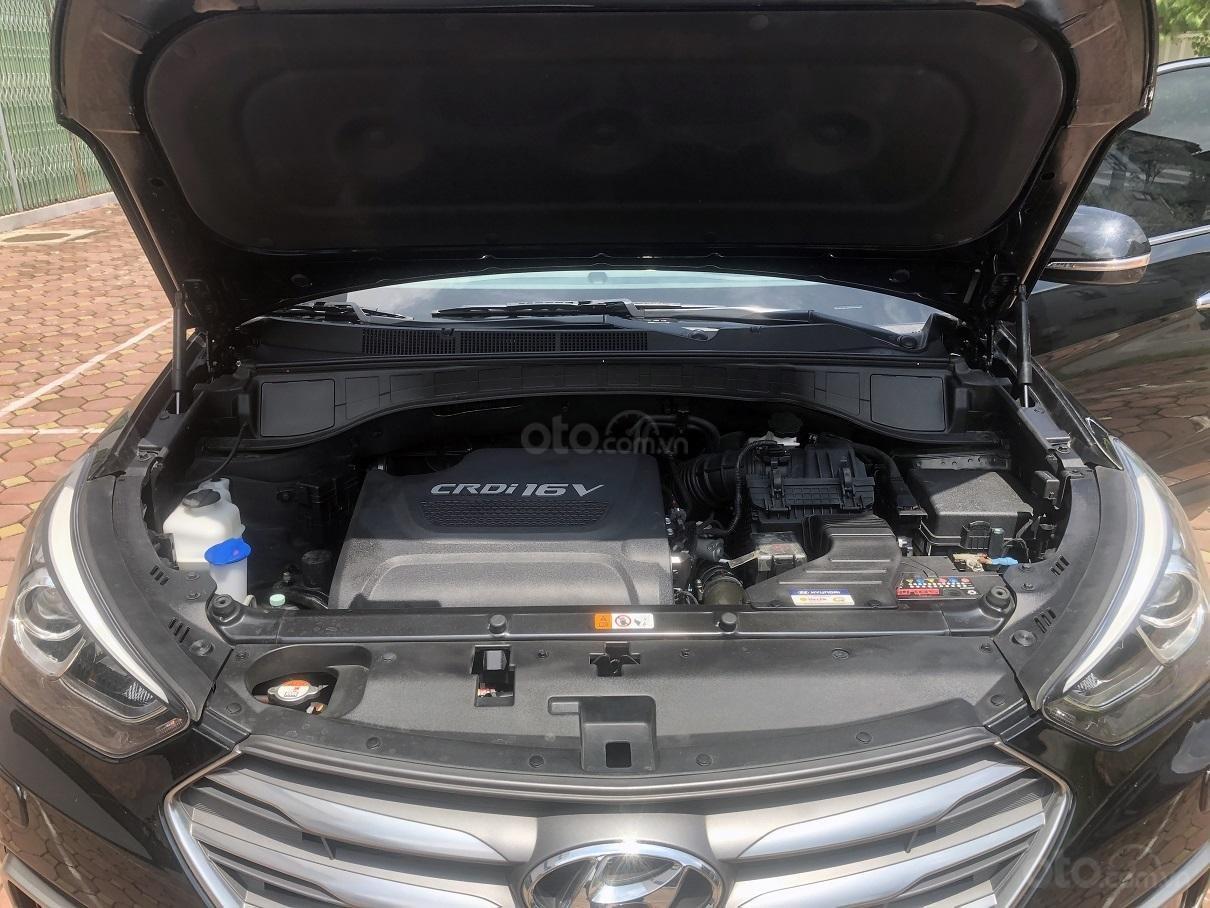 Bán xe Hyundai Santa Fe 2.2, máy dầu 4x4 năm 2018, màu đen, nhập khẩu (13)