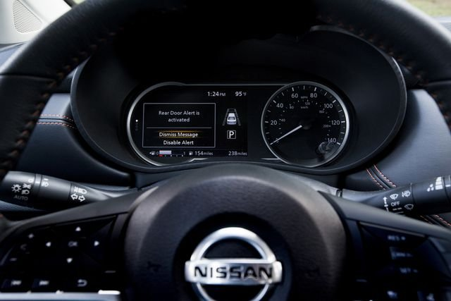 Nissan mở rộng trang bị hệ thống Cảnh báo cửa sau trên nhiều dòng ô tô.