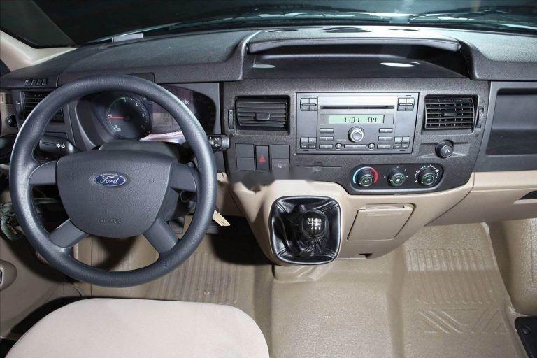 Bán Ford Transit 2019, màu bạc, giá chỉ 700 triệu (5)