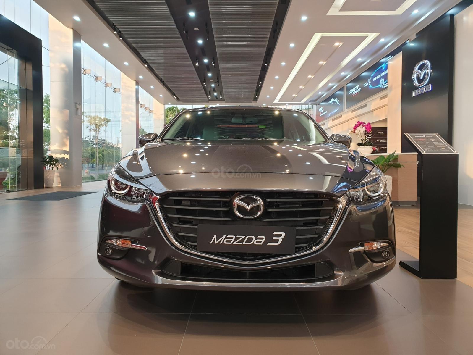 Mazda 3, ưu đãi tốt nhất, trả trước 210 triệu (2)