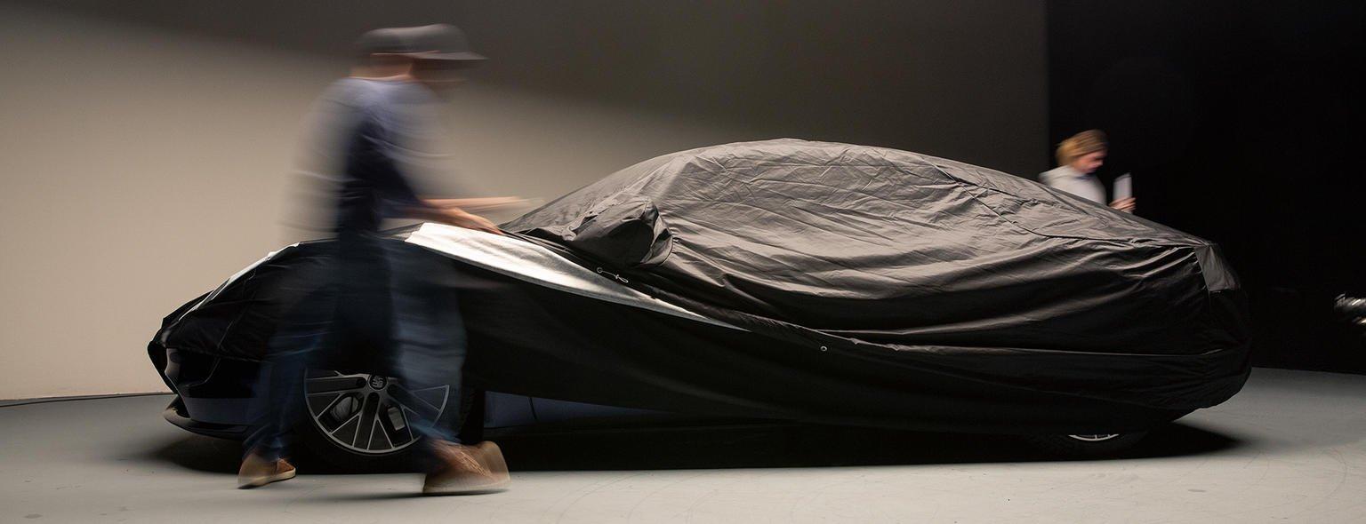 Loạt ảnh mới của Porsche Taycan trước giờ giờ ra mắt.