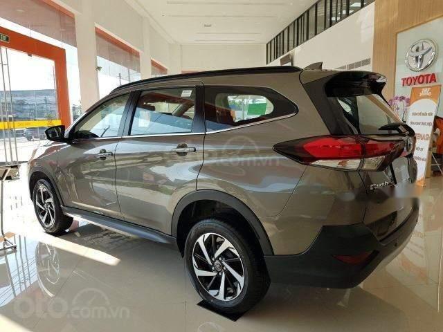 Toyota Tân Cảng - Rush 1.5AT xe giao ngay, đủ màu-trả 200tr nhận xe, LH 0933000600 (3)